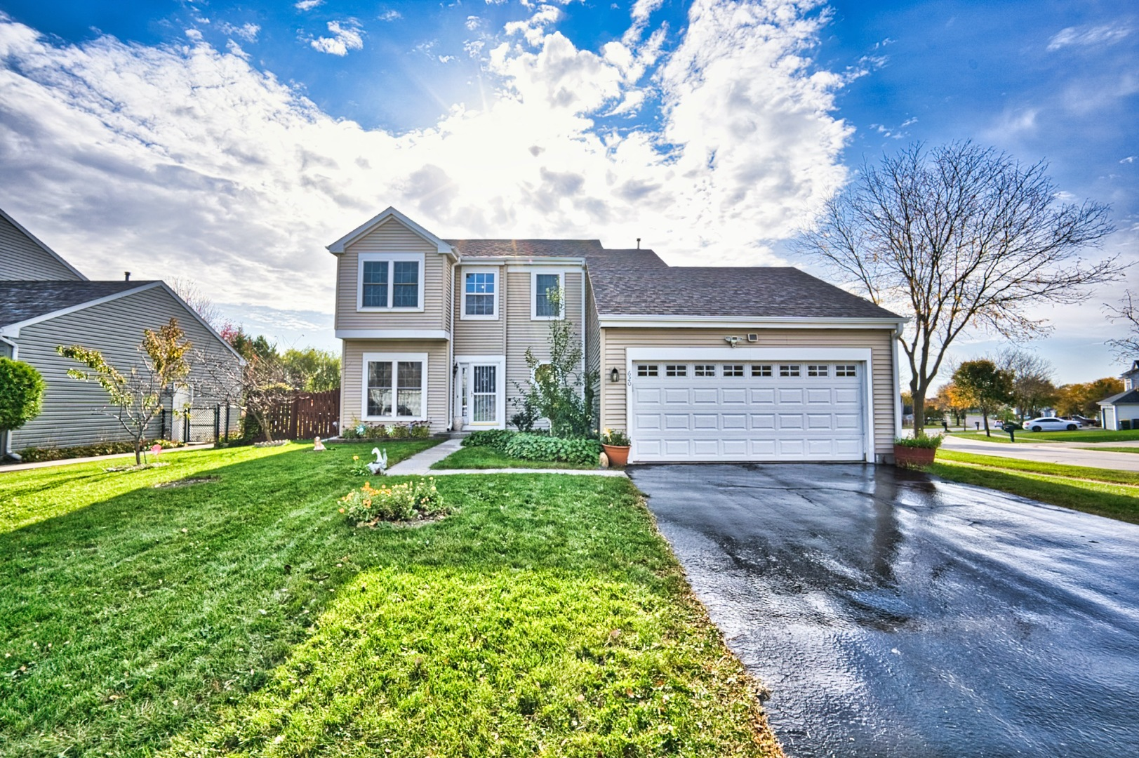 Photo for 620 Joseph Street, Lake In The Hills, IL 60156 (MLS # 10908283)