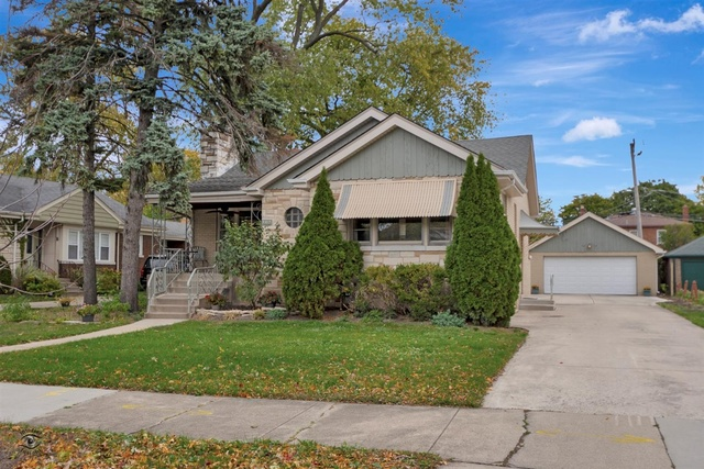 Photo for 9419 S Bell Avenue, Chicago, IL 60643 (MLS # 10908548)