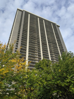 Tiny photo for 6007 N Sheridan Road, Unit Number 21C, Chicago, IL 60660 (MLS # 10910088)