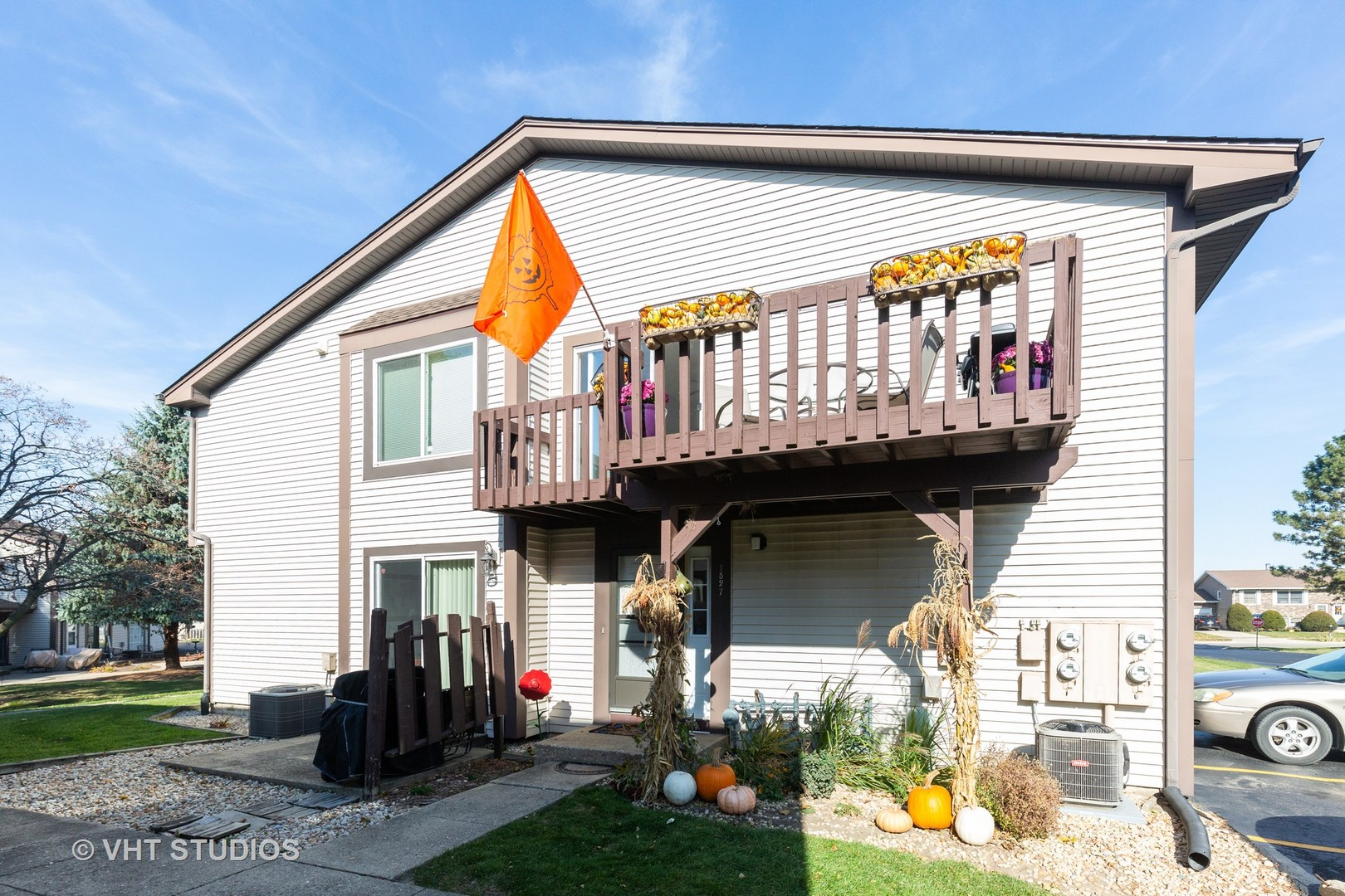 Photo for 1527 Timberwood Court, Unit Number 1527, Sycamore, IL 60178 (MLS # 10919355)