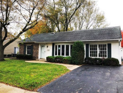 Photo of 652 Autumn Drive, Roselle, IL 60172 (MLS # 10925413)