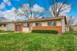 Photo of 136 E Wrightwood Avenue, Glendale Heights, IL 60139 (MLS # 10925495)