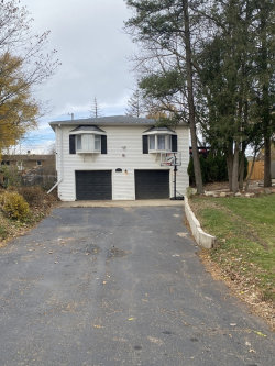 Photo of 1115 Maple Street, Lake In The Hills, IL 60156 (MLS # 10927925)