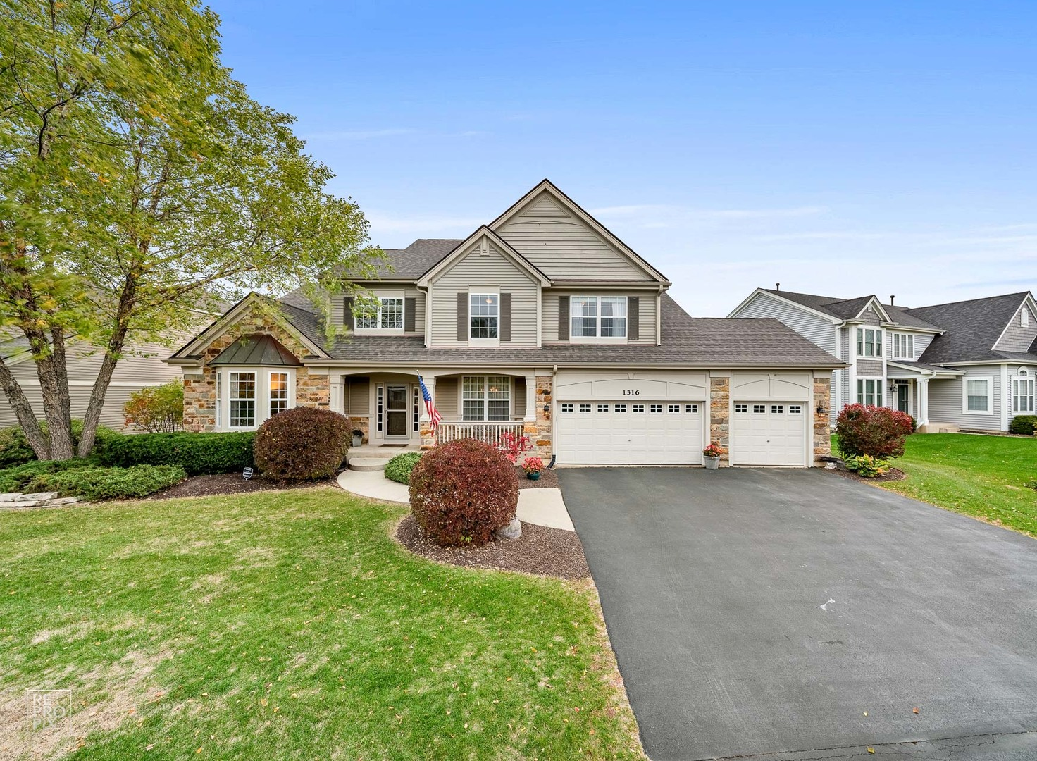Photo for 1316 Mulberry Lane, Cary, IL 60013 (MLS # 10935830)