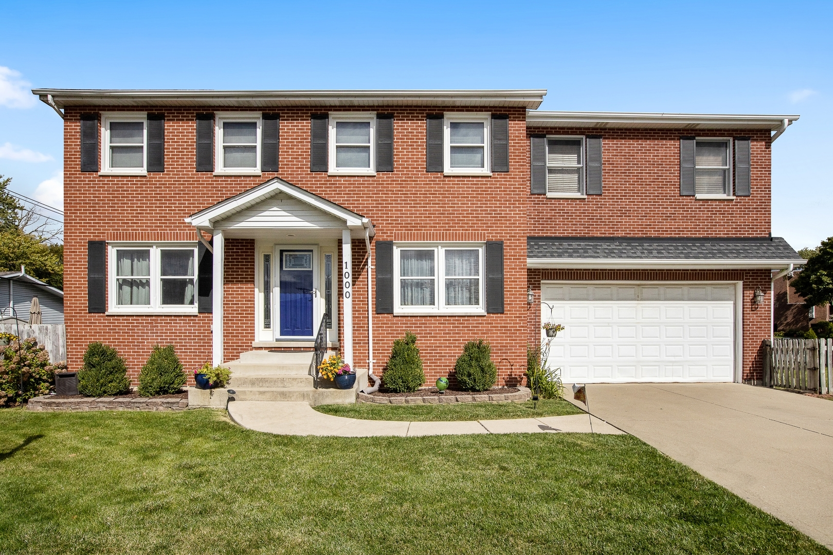 Photo for 1000 Saylor Street, Downers Grove, IL 60516 (MLS # 10936952)