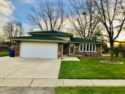 Photo of 635 W Stearns Road, Bartlett, IL 60103 (MLS # 10938118)