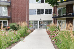 Photo of 2800 Maple Avenue, Unit Number 14C, Downers Grove, IL 60515 (MLS # 10938840)