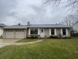 Photo of 2406 W Fairview Lane W, McHenry, IL 60051 (MLS # 10940632)