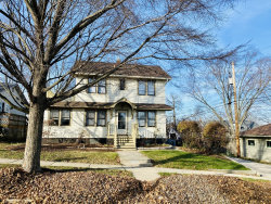 Photo of 9 S 12th Street, St. Charles, IL 60174 (MLS # 10941660)