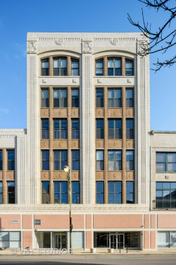 Photo of 3151 N Lincoln Avenue, Unit Number 203, Chicago, IL 60657 (MLS # 10943020)