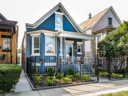 Photo of 2733 W Nelson Street, Chicago, IL 60618 (MLS # 10944762)