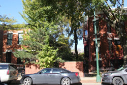 Photo of 914 W Webster Avenue, CHICAGO, IL 60614 (MLS # 10323480)