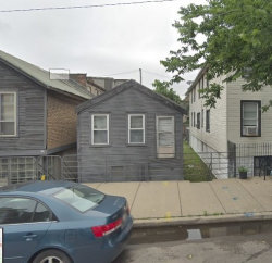 Photo of 716 W 17th Street, CHICAGO, IL 60616 (MLS # 10340832)