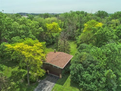 Photo of 13 Yorkshire Woods, OAK BROOK, IL 60523 (MLS # 10408440)
