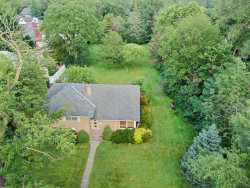 Photo of 531 N Oak Street, HINSDALE, IL 60521 (MLS # 10442103)