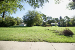 Photo of 1525 S Meyers Road, Lombard, IL 60148 (MLS # 10527077)