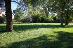 Photo of 1545 S Meyers Road, Lombard, IL 60148 (MLS # 10527080)