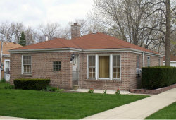 Photo of 2101 Cleveland Street, Evanston, IL 60202 (MLS # 10677945)