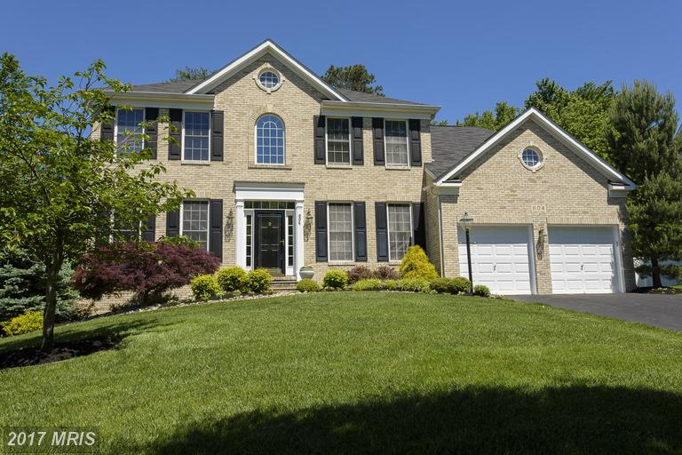 Photo for 604 PEARL POINT CT, Millersville, MD 21108 (MLS # AA9951038)
