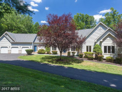 Photo of 7420 DUNQUIN CT, Clifton, VA 20124 (MLS # FX10029430)
