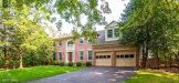 Photo of 1219 ROWLAND DR, Herndon, VA 20170 (MLS # FX10033978)