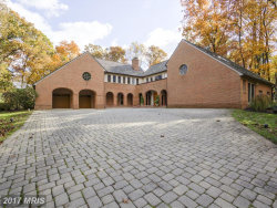 Photo of 10201 COUNTRY VIEW CT, Vienna, VA 22182 (MLS # FX10086006)