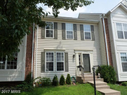 Photo of 43986 KINGS ARMS SQ, Ashburn, VA 20147 (MLS # LO10008634)