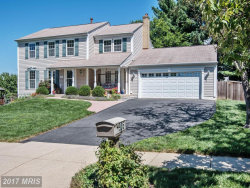 Photo of 905 POINTER RIDGE DR, Gaithersburg, MD 20878 (MLS # MC10031354)