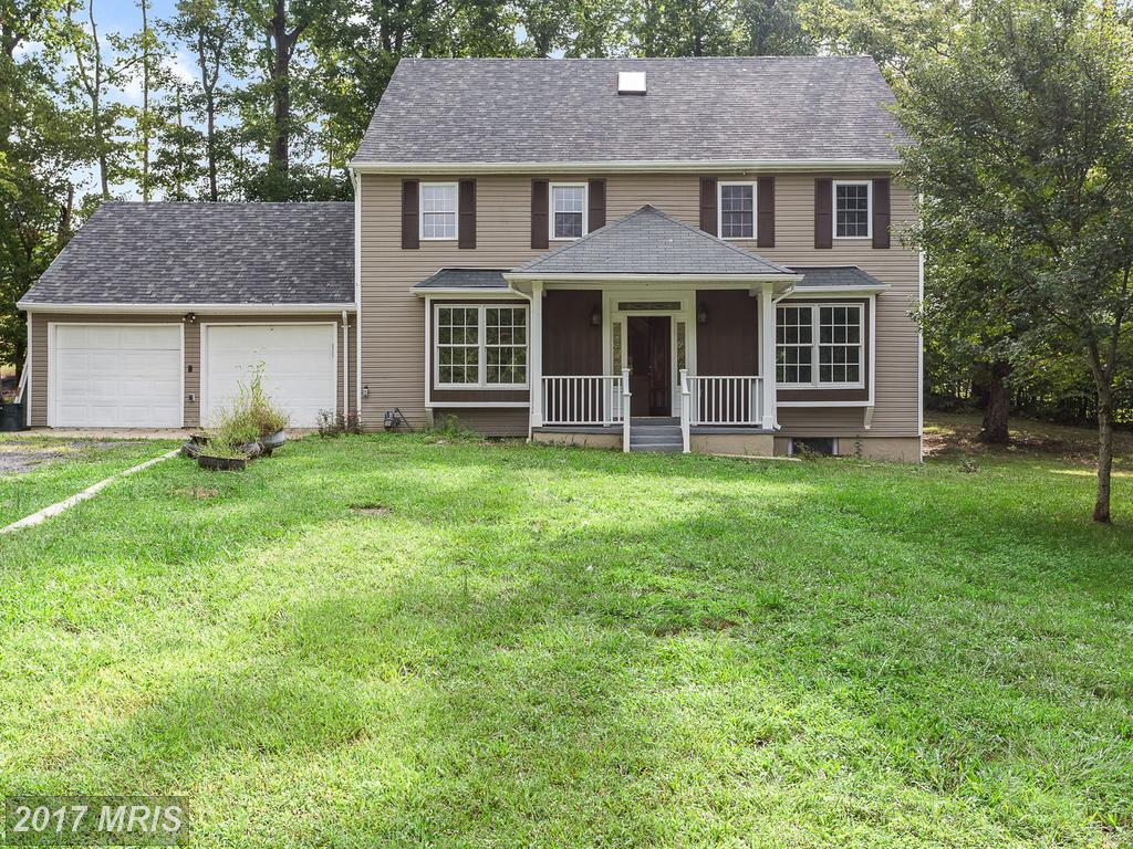 Photo for 18571 OLD TRIANGLE RD, Triangle, VA 22172 (MLS # PW10061844)