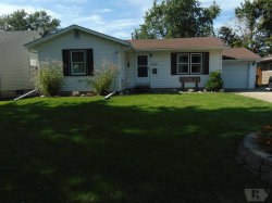 Photo of 1413 Prince Street, Grinnell, IA 50112 (MLS # 5462541)