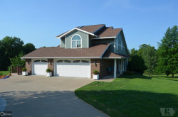 Photo of 917 Fox Run Drive, Oskaloosa, IA 52577 (MLS # 5646747)