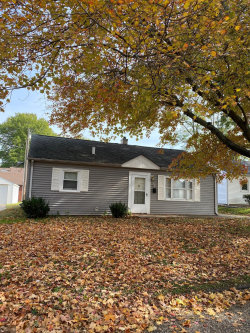 Photo of 3 Val Aire Drive, Burlington, IA 52601-5618 (MLS # 5677152)