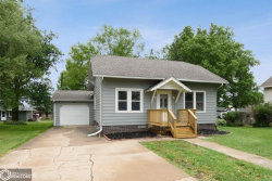 Photo of 516 W Pershing Drive, Brooklyn, IA 52211-4408 (MLS # 5688475)