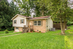 Photo of 913 E Circle Dr, Rossville, GA 30741 (MLS # 1268899)