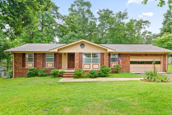 Photo of 3911 S Mission Oaks Dr, Chattanooga, TN 37412 (MLS # 1302234)