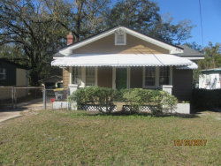 Photo of 6914 Perry ST, JACKSONVILLE, FL 32208 (MLS # 913097)