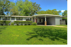 Photo of 5012 Bedford Forest DR, JACKSONVILLE, FL 32210 (MLS # 938621)