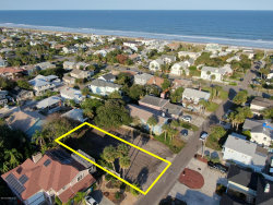 Photo of 216 Bowles ST, NEPTUNE BEACH, FL 32266 (MLS # 1015264)