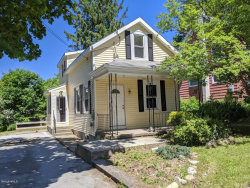 Photo of 27 Clarendon St, Pittsfield, MA 01201 (MLS # 231126)