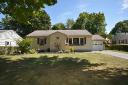 Photo of 38 Saratoga Dr, Pittsfield, MA 01201 (MLS # 232059)