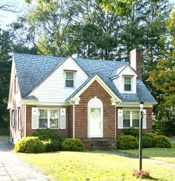 Photo of 530 South St, Pittsfield, MA 01201 (MLS # 232437)