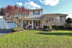 Photo of 224 Winding Road, Iselin, NJ 08830 (MLS # 1910996)