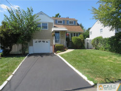 Photo of 43 Robin Place, Sayreville, NJ 08859 (MLS # 2002694)