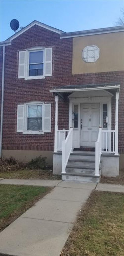 Photo of 3 Edgewood Terrace , Unit 2, South Bound Brook, NJ 08880 (MLS # 1912804)