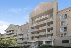 Photo of 101 SHEARWATER CT EAST, Unit 27, Jersey City, NJ 07305-4021 (MLS # 180006107)