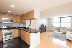 Photo of 102 CHRISTOPHER COLUMBUS DR, Unit 506, Jersey City, NJ 07302 (MLS # 180007261)