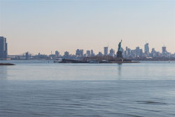 Photo of 109 SHEARWATER CT EAST, Unit 44, Jersey City, NJ 07305 (MLS # 190005129)